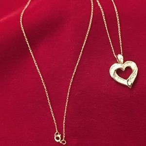 Vintage 10k Yellow Gold & Diamond Heart Necklace